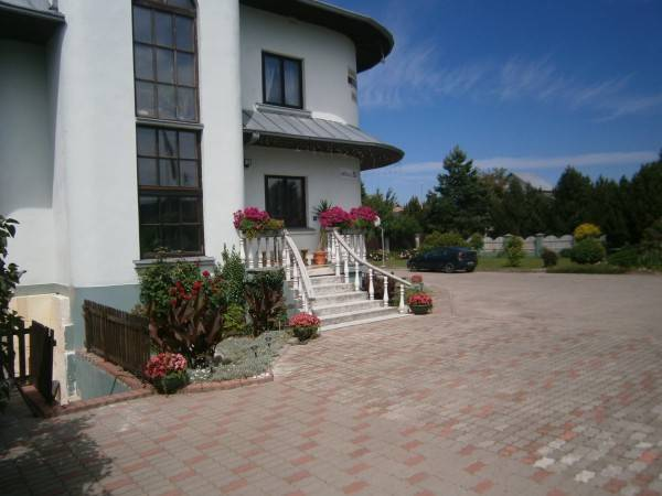 Hotel Nemunas Tour Guest House