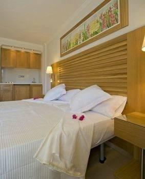 Hotel Apartamentos Bon Sol Prestige