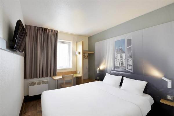 B-B HOTEL BOURGES 1