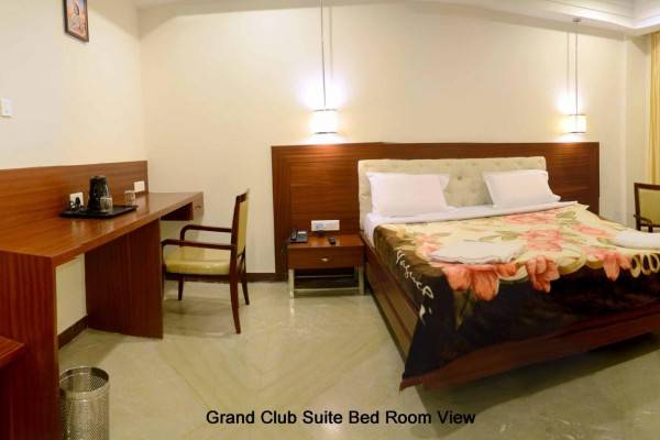 Hotel Rayas Grand
