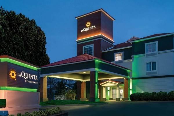 La Quinta Inn Ste Latham Albany Airport
