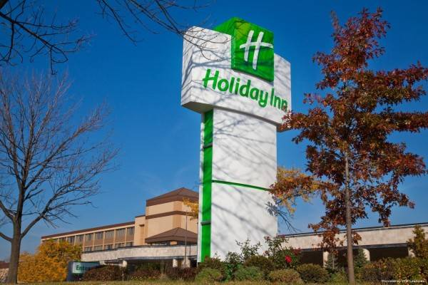 Holiday Inn & Suites CHICAGO NORTH SHORE (SKOKIE)
