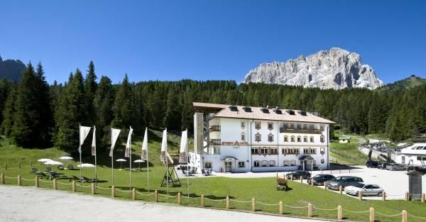 Sella Hotel