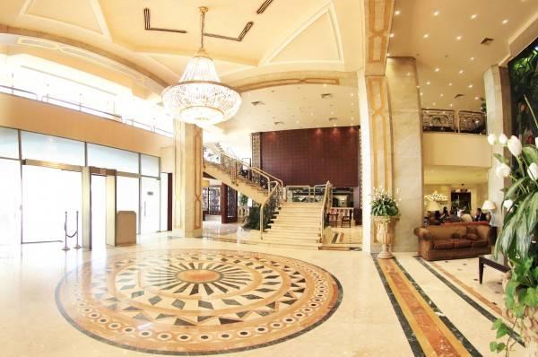 Pyramisa Cairo Suites Hotel
