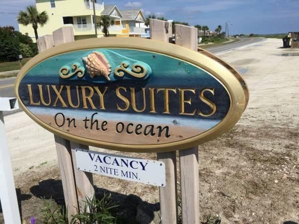 Hotel Luxury Suites on the Beach