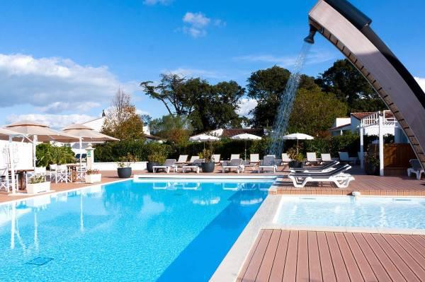 Hotel Le Richelieu Symboles de France