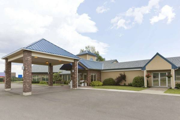 DAYS INN AND SUITES MONCTON