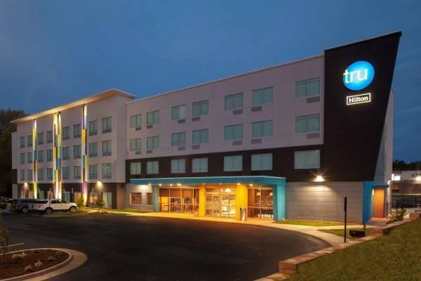 Hotel Tru by Hilton Farmville VA