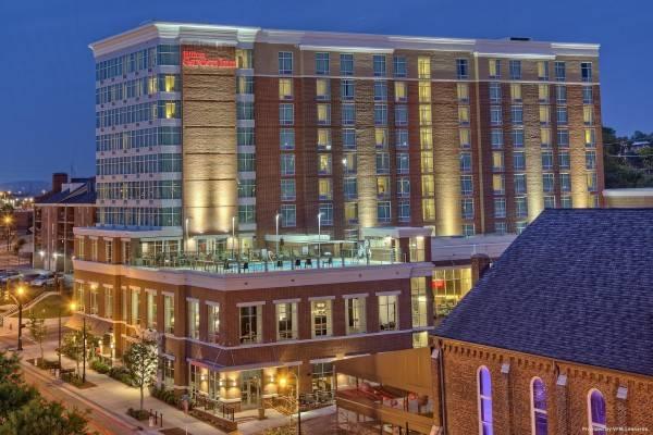 Hilton Garden Inn Nashville Downtown/Co