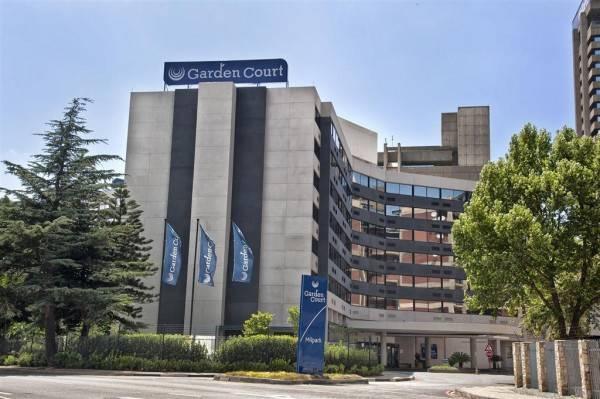 Hotel GARDEN COURT MILPARK