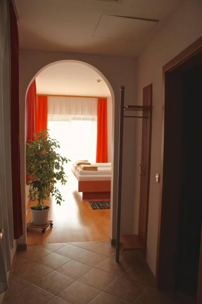 Villa Tamara Hotel Garni