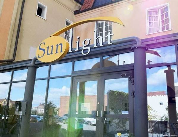 Sunlight House Hotel
