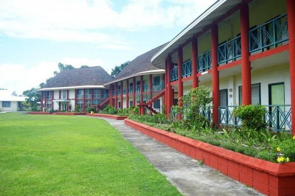 Hotel The St Therese Samoa Retreat & Accommodation