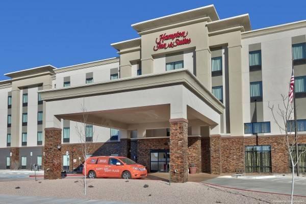 Hampton Inn - Suites Albuquerque Airport