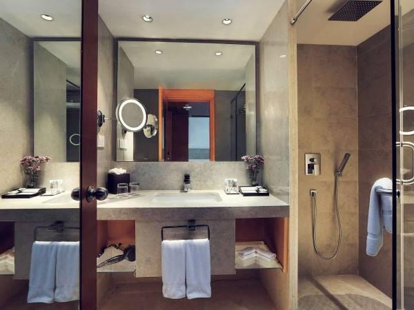 Hotel Mercure Hyderabad KCP