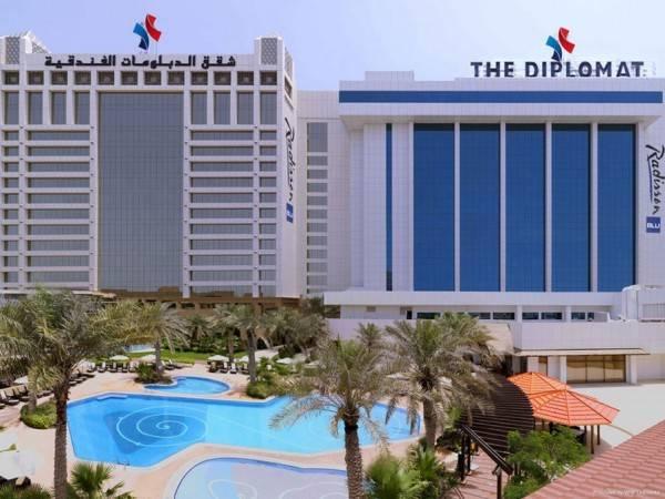 DIPLOMAT RADISSON BLU HOTEL RESIDENCE & SPA