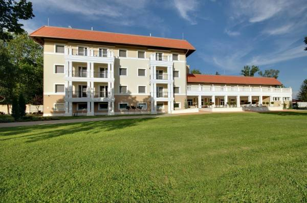 Arcanum Hotel****