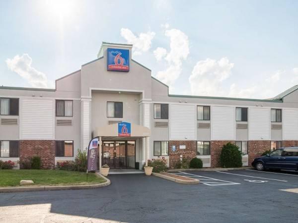 Hotel Studio 6 Dayton