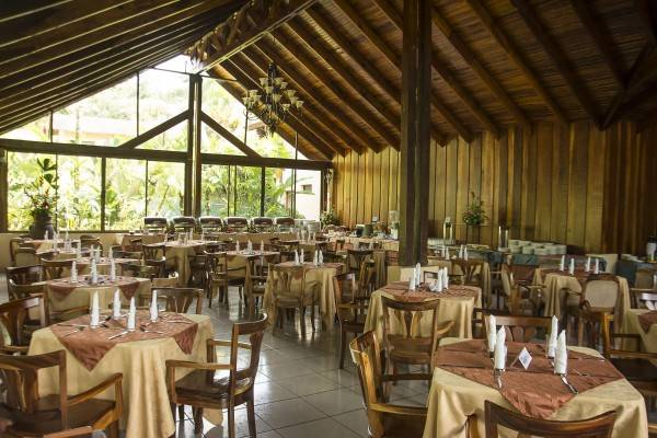 Hotel Arenal Paraiso Resort and Spa
