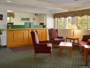 Hotel SUPER 8 BY WYNDHAM KINGSTON