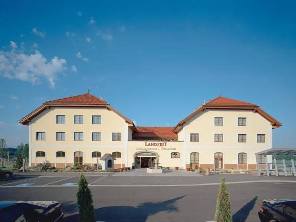 Hotel Landzeit Autobahnrestaurant Voralpenkreuz