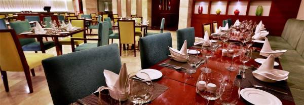 Golden Tulip Vasundhara Hotel & Suites