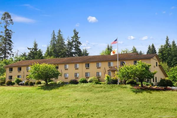 Hotel Super 8 by Wyndham Port Angeles at Olympic National Park