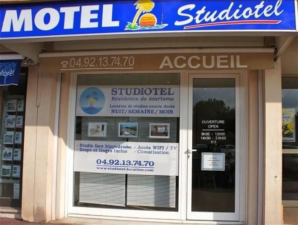 Hotel Studiotel