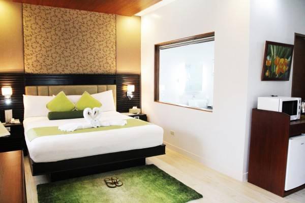 Hotel Batangas Country Club