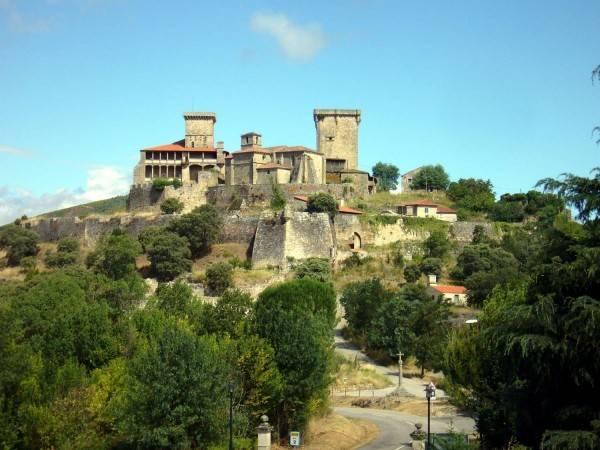 Hotel Parador Castillo de Monterrei