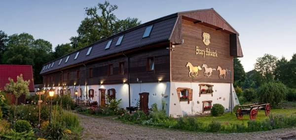 Hotel Stary Folwark