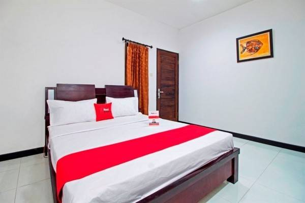 Hotel RedDoorz Plus Near ITC Fatmawati