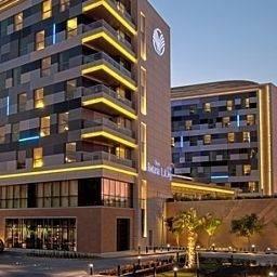 Hotel Oryx Rotana