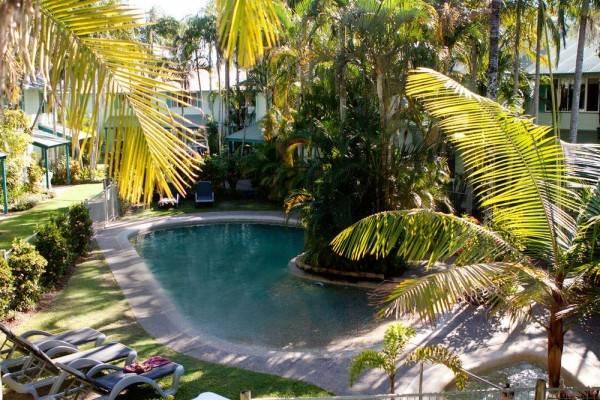 Hotel Coco Bay Resort