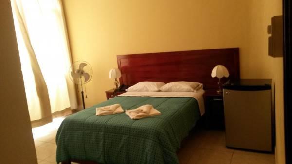 Hotel Puerto Madera