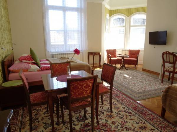 Hotel Budapest Guest Rooms Suites with Kitchenette