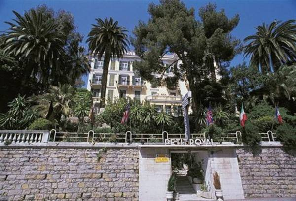 Hotel Petit Royal