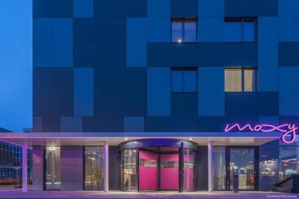 Hotel Moxy Frankfurt Airport
