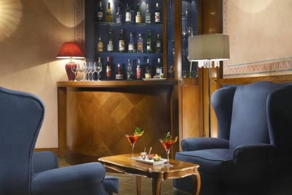 Hotel Titano Suites