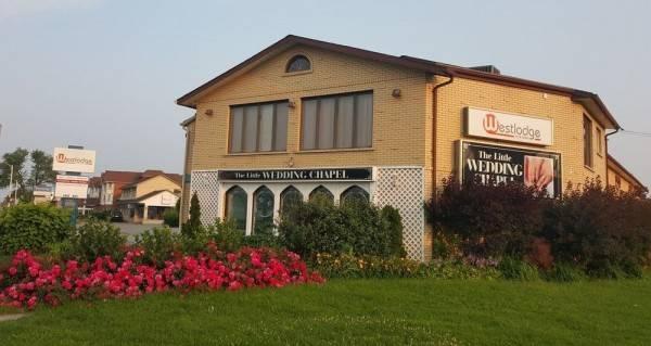 West Lodge Inn & Suites Niagara Falls