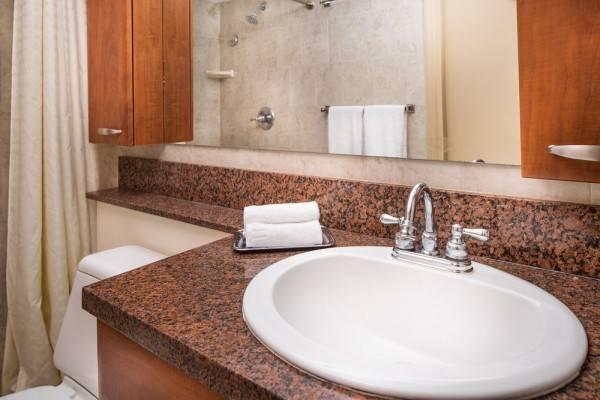 Hotel Royal Palm Beach Resort by Diamond Resorts
