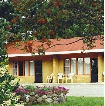 Red Top Motor Inn