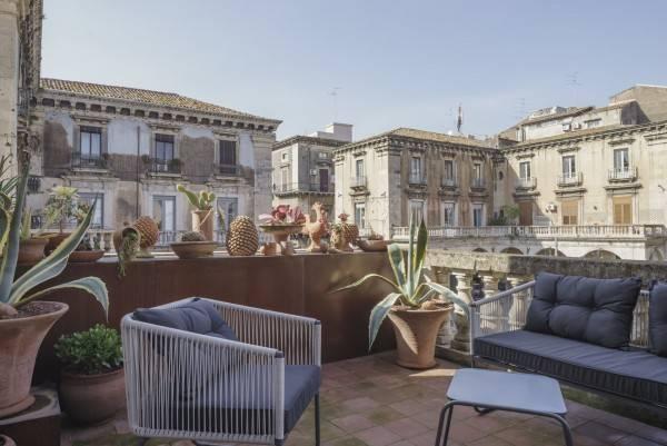 Hotel Asmundo di Gisira Art Market Living Boutique