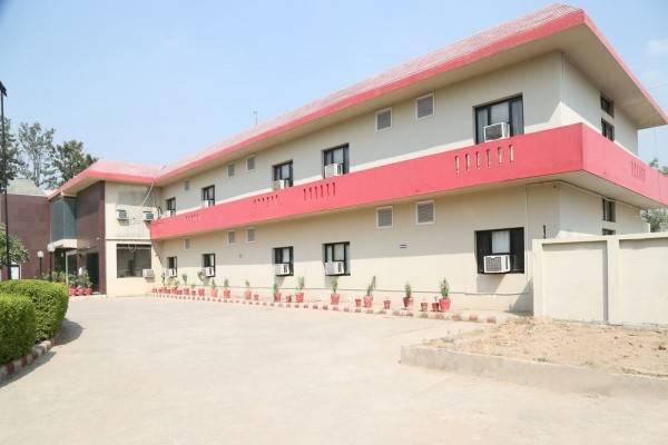 Pacific Inn Suryansh Hotel