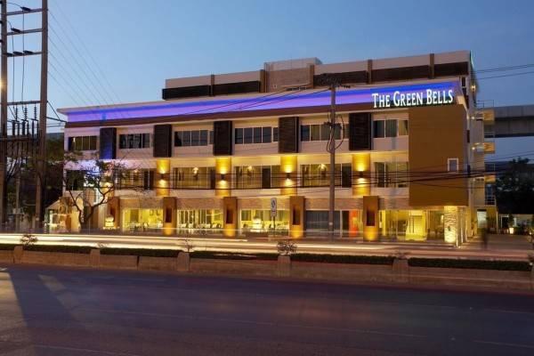 Hotel The Green Bells New Petchburi