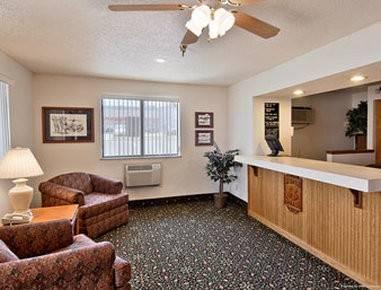 Hotel Super 8 by Wyndham Spring Lake/ Fort Bragg