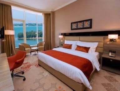 Hotel RAMADA JEDDAH CORNICHE