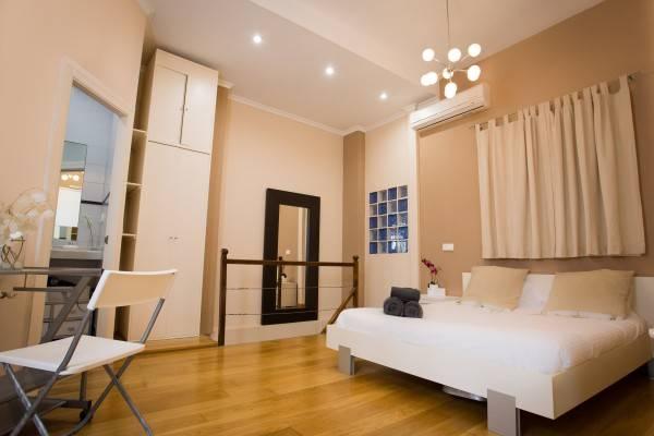 Hotel Holidays2Málaga Apartments c/ Alamos nº1 5