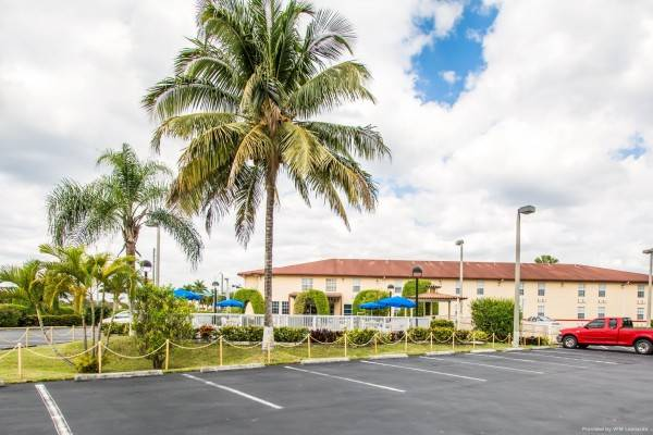 Hotel BAYMONT FLORIDA CITY