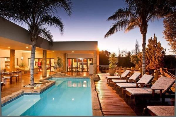 Hotel Boulders Lodge & Spa